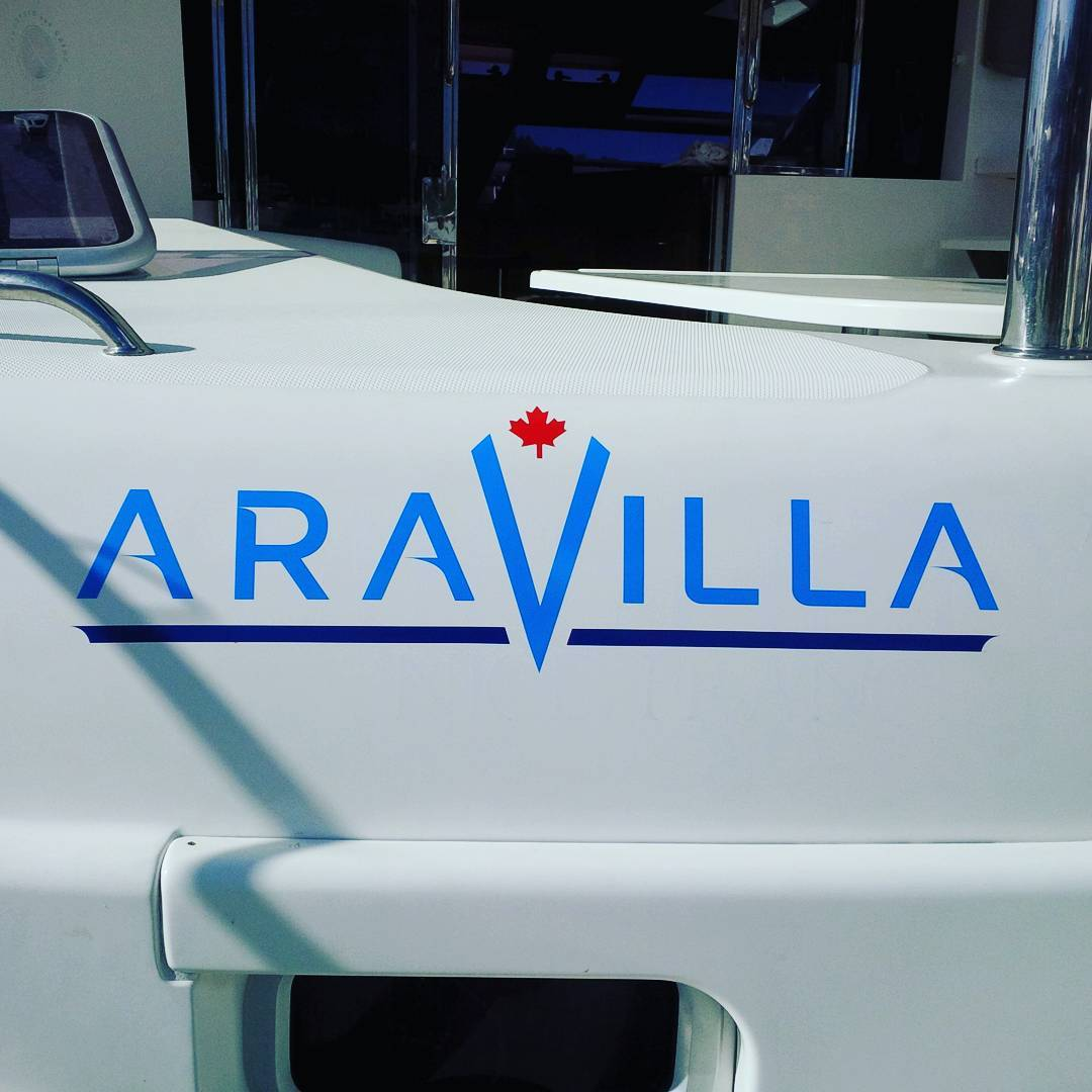 We have the name on the boat finally! And it looks absolutely amazing thanks to our friends and Imagen Graphics.