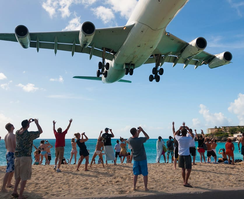 Always an amazing afternoon in Maho watching planes land at Princess Juliana – some are bigger than others, some are closer than others! The beers is always cold and the fun is always endless – when are you coming to to experience this for yourself?